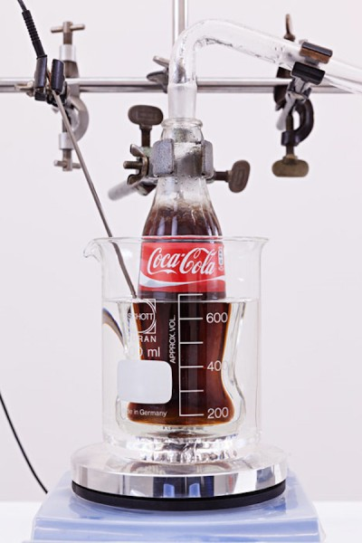 Real-Thing-distillation-machine-by-Helmut-Smits2
