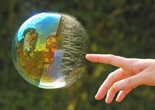 Позитивное-фото-Мыльный пузырь