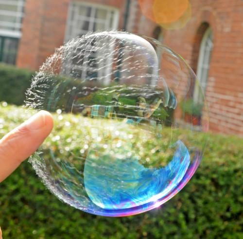 Позитивное-фото-Мыльный пузырь34