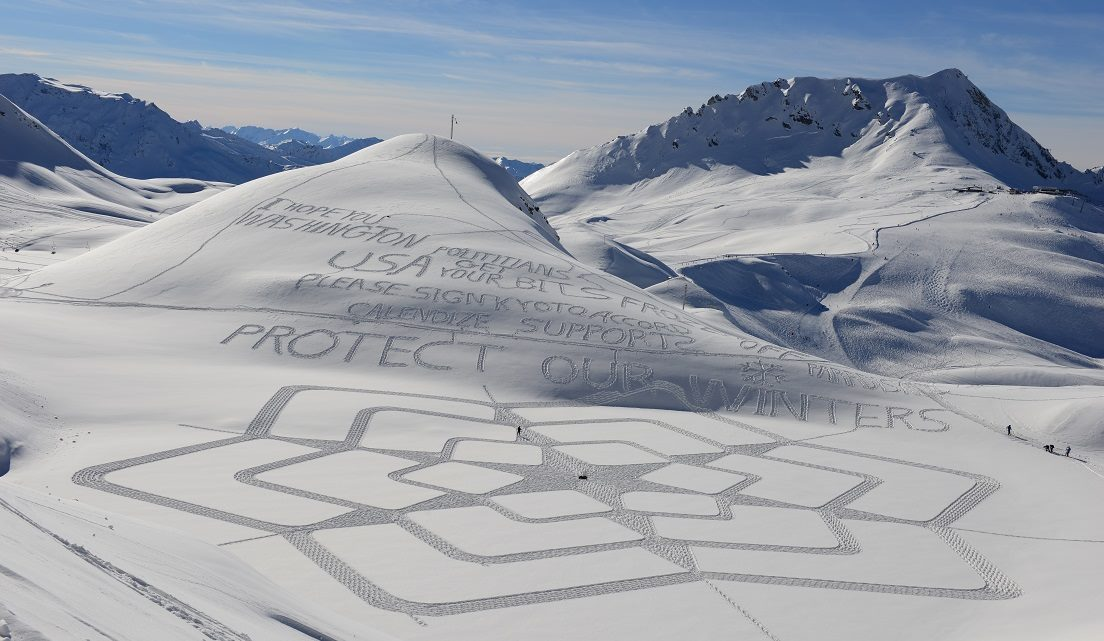 Simon Beck's Snow Art Lac Marlou 2014