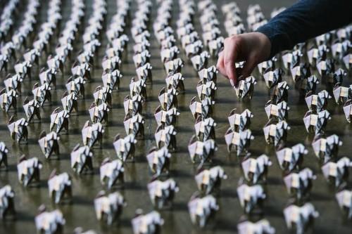 500 собачек оригами в лондоне