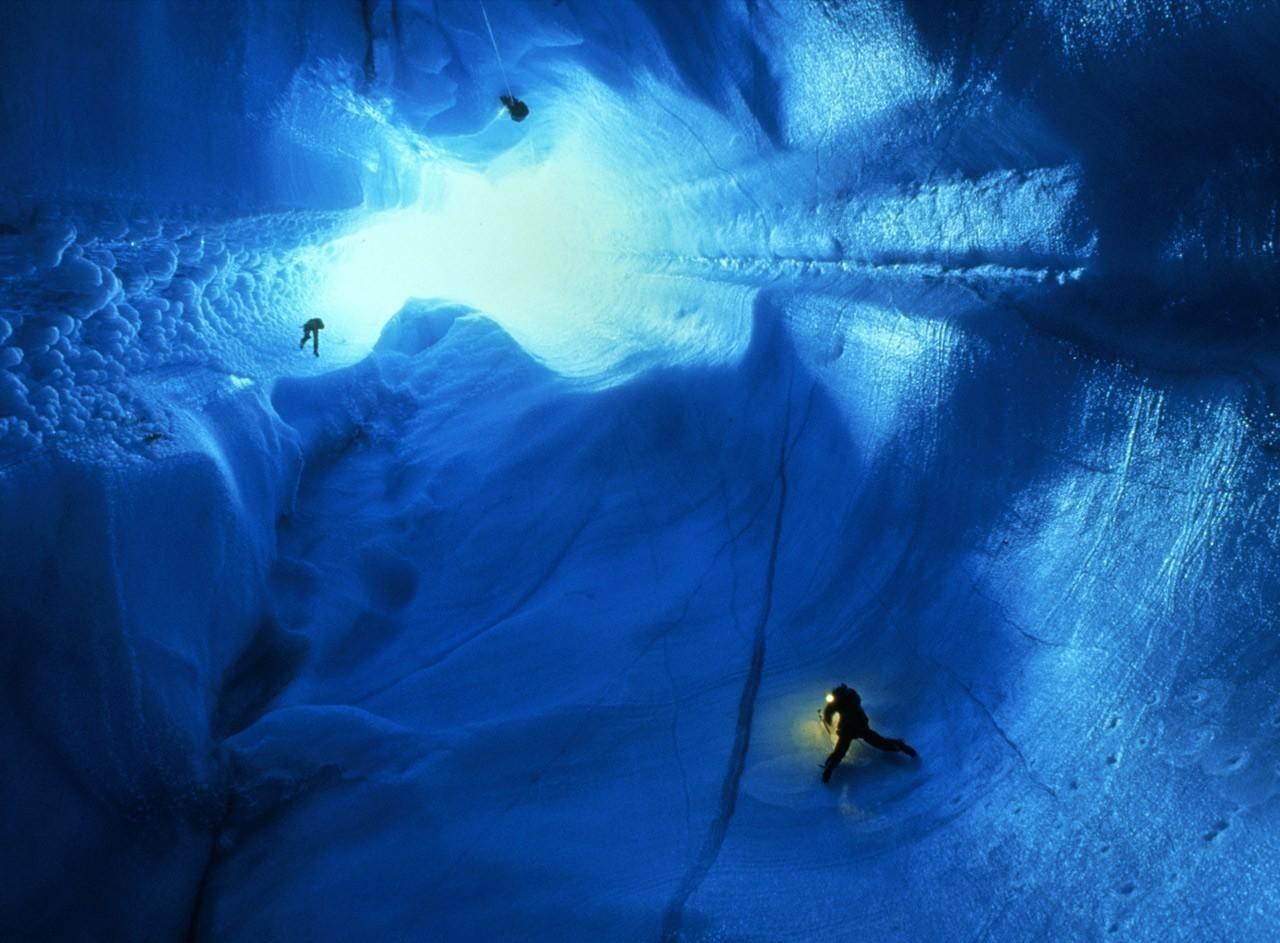 красота пещер вулкана Эребус