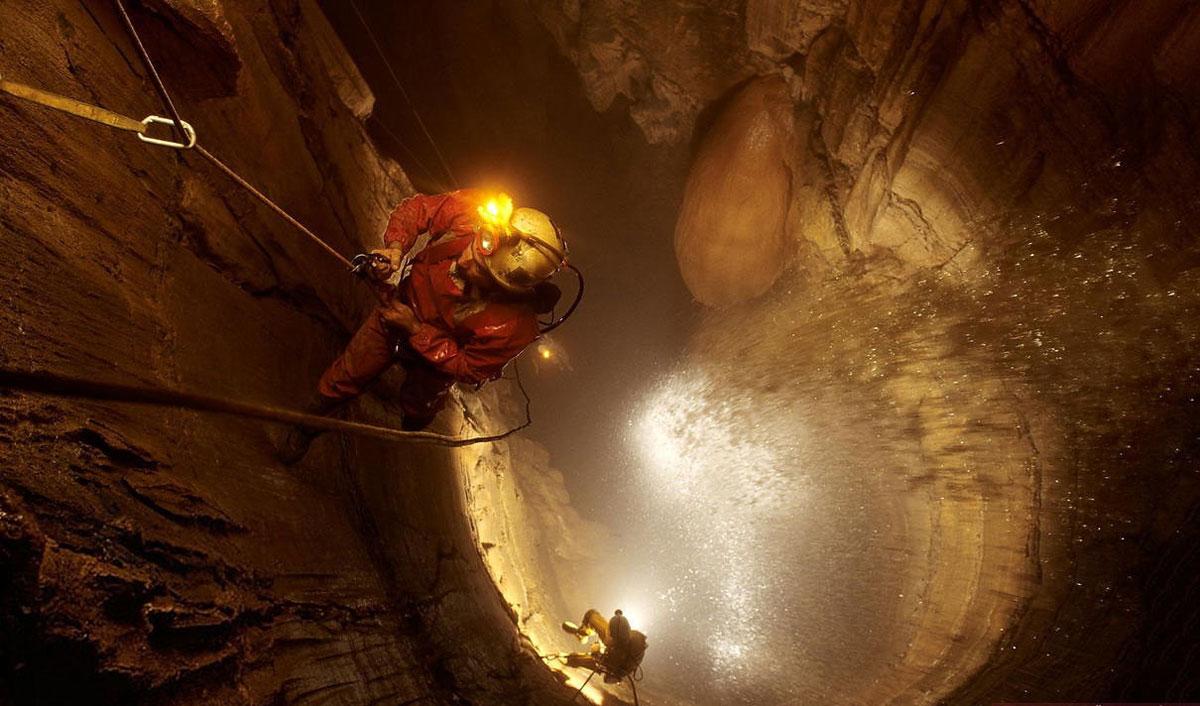 Необычная_и загадочная_пещера_Крубера02