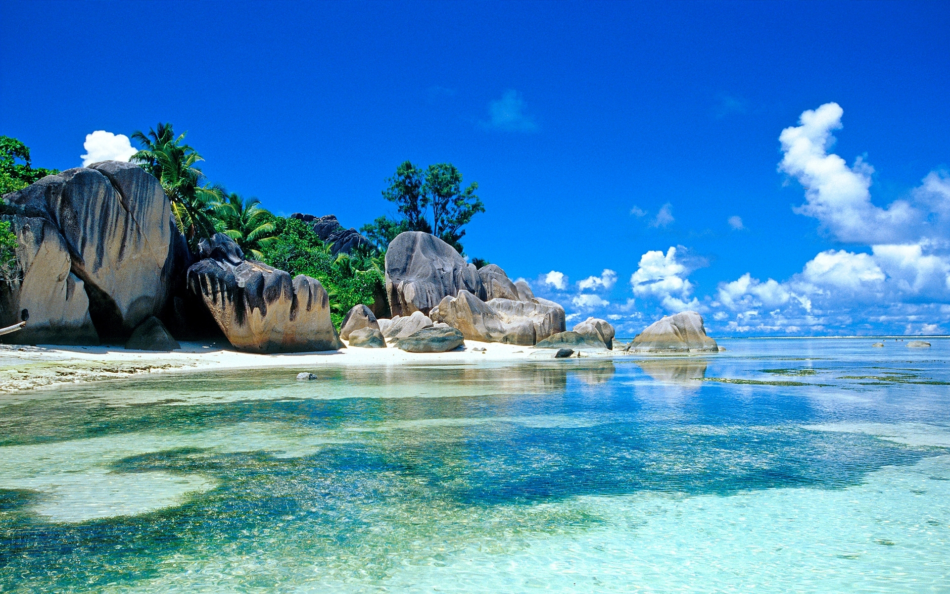 ТОП 10 самых лучших островов мира