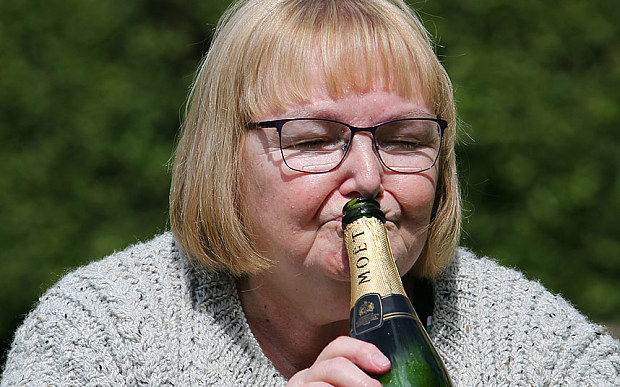 пенсионерка выиграла в лотерею