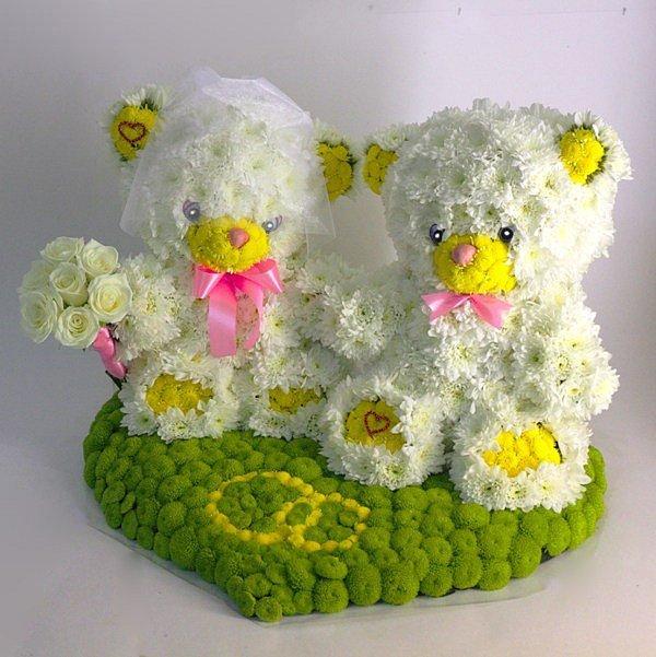 медведи на подарок из цветов