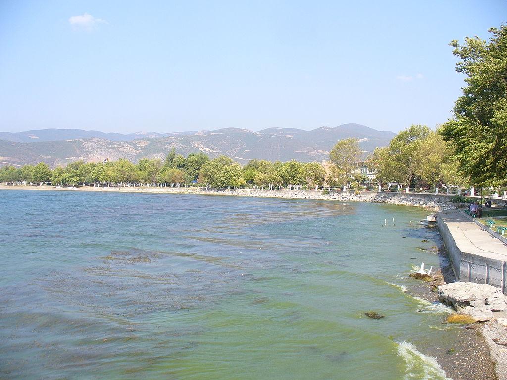 Озеро Изнык