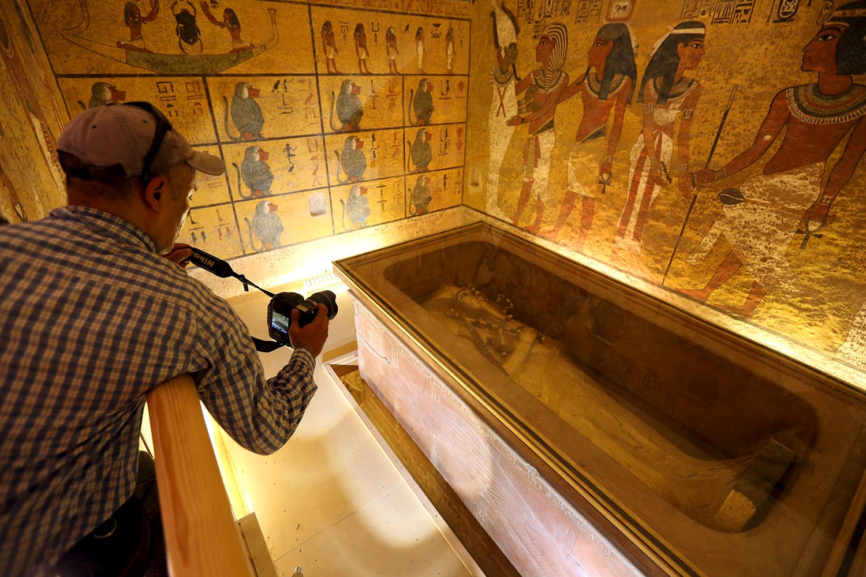 Нефертити найдена