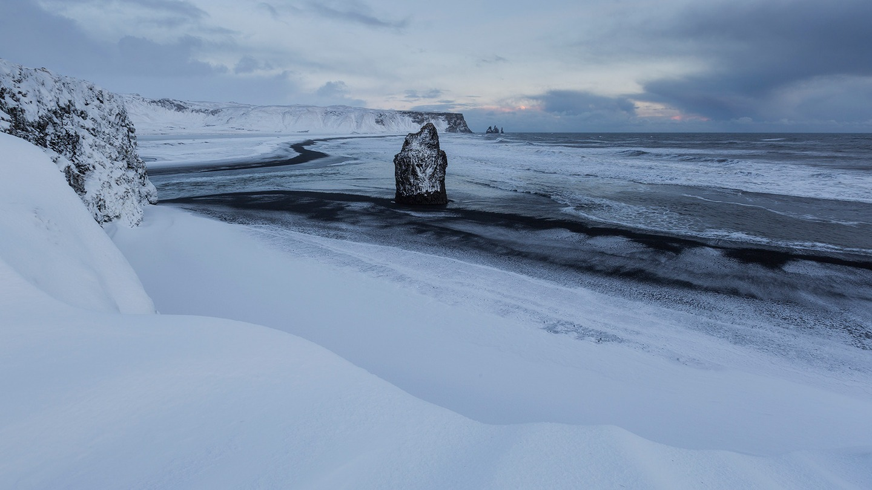 снег и Исландия