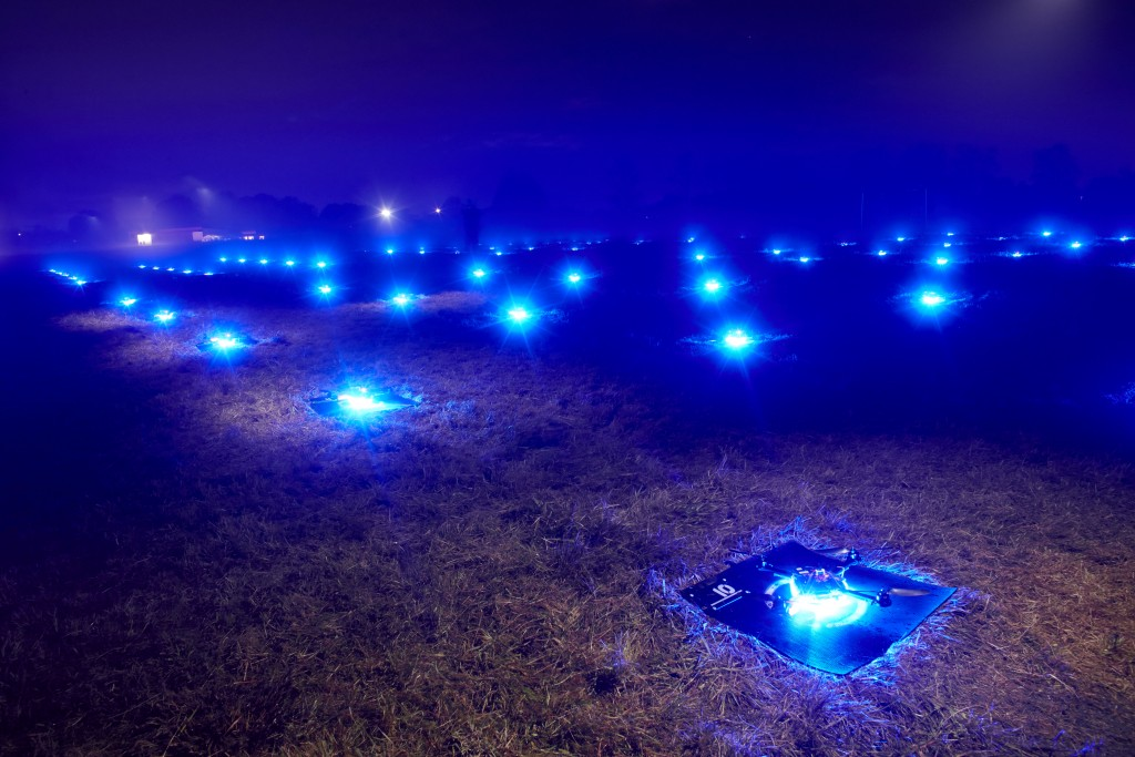 Intel-Drone-100-Light-Show1