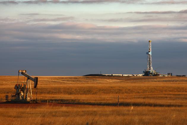 Дактская нефть уже стоит ниже 0