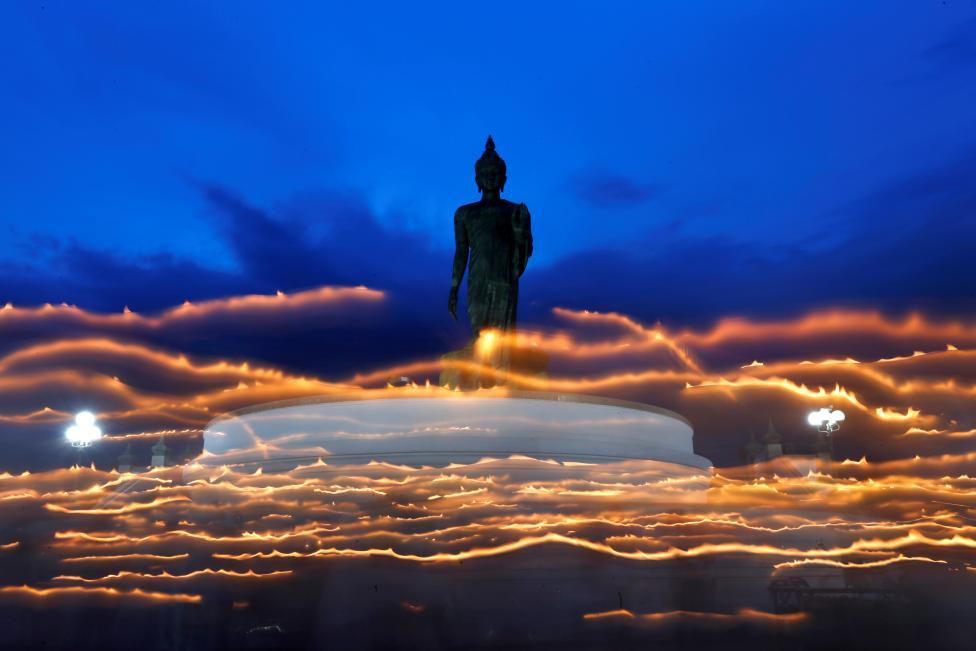 один из самых важных буддистских праздников — Асаха Пуджа