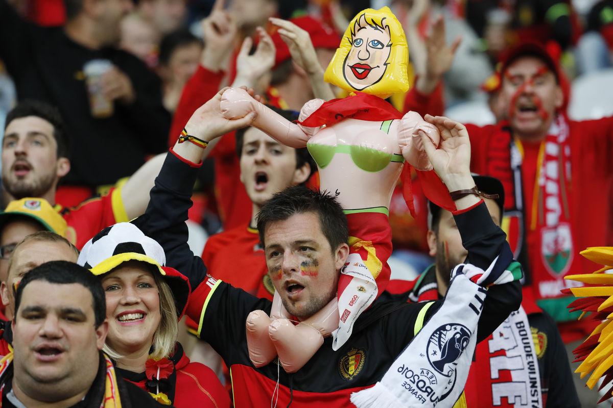 фанаты сборной Бельгии на Евро-2016