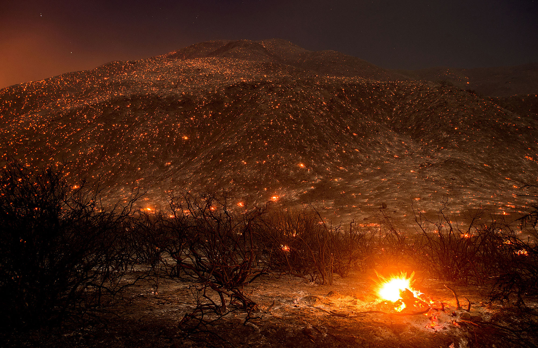 Яркие моменты калифорнийских пожаров