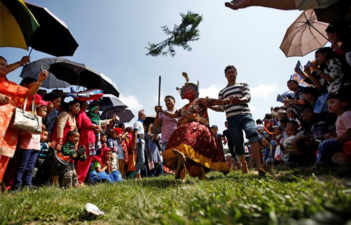 В Непале ярко отметили праздник урожая