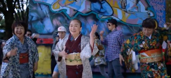 Позитивное видео от японских пенсионерок