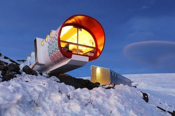 космический отель в Эльбрусе