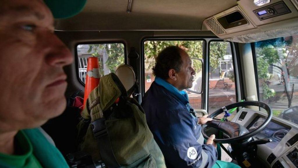 мусорщик библиотекарь из Боготы