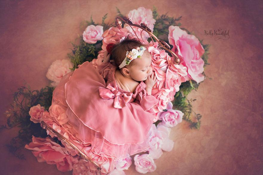 Спящая красавица. Фото: Boredpanda