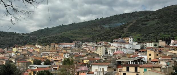 В итальянской глубинке начали массовую раздачу домов
