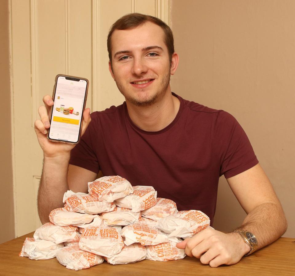 100 free cheeseburgers