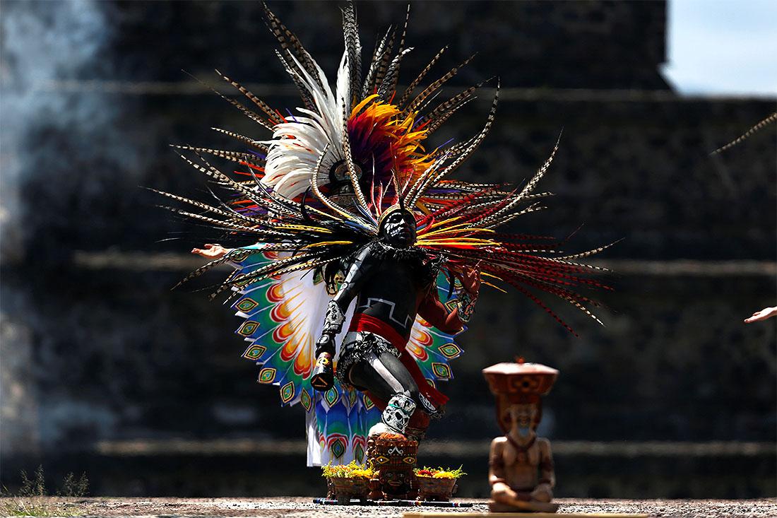 Церемония зажжения огня Пан-американских игр  в Мехико