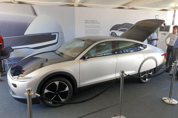 первый электромобиль на солнечной энергии