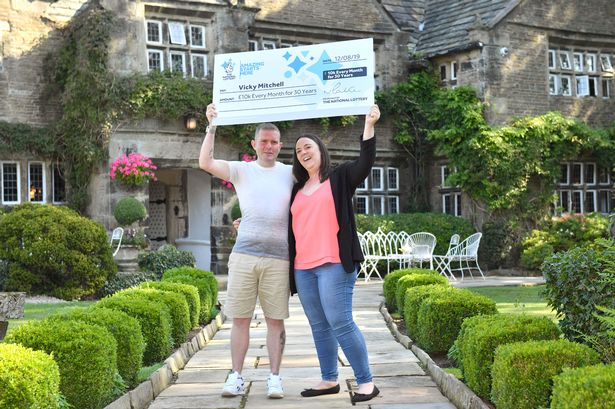 Lottery-Winner-Vicky-Mitchell3