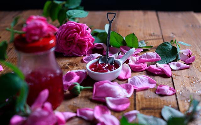 Из цветов можно сделать варенье