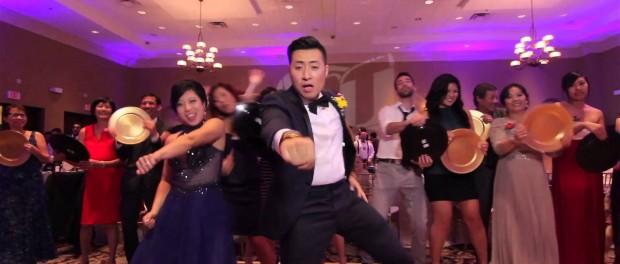 Cупер танец на свадьбе взорвал Ютуб